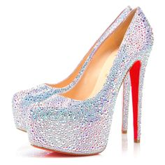 Dream shoes. Christian Loubitin #shoes #shoeporn #platforms