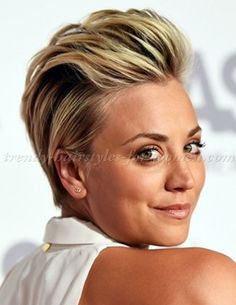 short+hairstyles,+short+haircut+-+Kaley+Cuoco+combed+back+hairstyle+