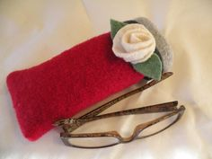 Recycled Wool Eye Glass Case on Etsy
