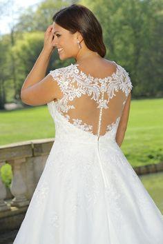 84 beste afbeeldingen van Plussize wedding dresses 456ff91cede7
