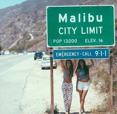 travel around the country with my best friends and take pictures at each city limit sign