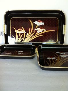 Japanese Lacquered Acrylic Vintage Nested Black and Gold Serving Trays Crocus