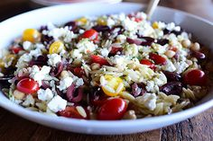 Raise your hand if you love the Pioneer Woman:  Mediterranean Orzo Salad