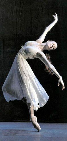 Gillian Murphy http://theworlddances.com/ #ballet #dance