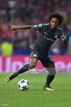 Willian of Chelsea in action during the UEFA Champions League group C match between Atletico Madrid and Chelsea FC at Estadio Wanda Metropolitano on September 27, 2017 in Madrid, Spain.