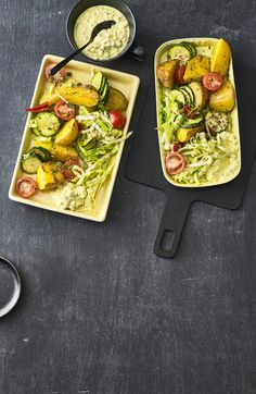 Optisch ein Hingucker - geschmacklich ein Highlight: Dieser Röstkartoffelsalat weiß ...