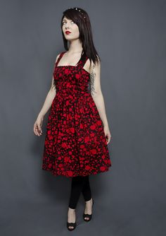 From Putré-Fashion, here's the new GORE-GEOUS black and red jumperskirt.