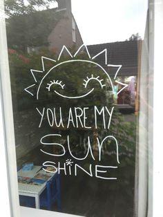 krijtstifttekening zon - you are my sunshine_00