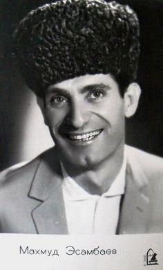 Махмуд Эсамбаев
