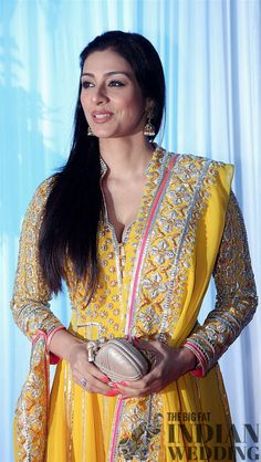 #pintrest@Dixna deol Indian Actress Photos, Bollywood Actress Hot Photos, Indian Bollywood Actress, Beautiful Bollywood Actress, Beautiful Indian Actress, Indian Actresses, Bollywood Designer Sarees, Beautiful Women Over 40, Saree Photoshoot