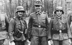 Latvian Legion - a brutal part of the SS German Soldiers Ww2, German Army, Cute Country Boys, Great Sword, Portraits, Panzer, World War Ii, Division, Wwii
