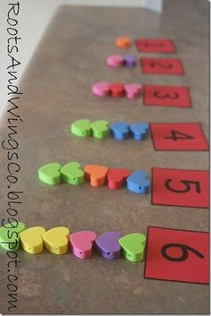 Heart Counting February and Valentine's Day Math Preschool Lesson PlanFebruary and Valentine's Day Math Preschool Lesson Plan Numbers Preschool, Preschool Lessons, Fun Math, In Kindergarten, Math Activities, Preschool Activities, Maths, Valentine Theme, Valentine Crafts