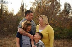 A Happy Family Session in Tulsa, OK | Chelsea Ahlgrim Photography- This happy family had me laughing til my sides hurt!