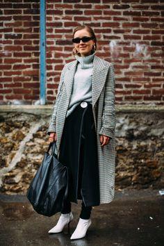 Best Street Style Looks of PFW Fall 2018