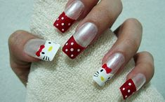 15-Cute-Simple-Hello-Kitty-Nail-Art Designs-Stickers-Nail-Art-For-Beginners-11