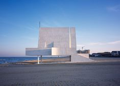 A spectacular chapel built on the seashore by Beijing-based Vector Architects.