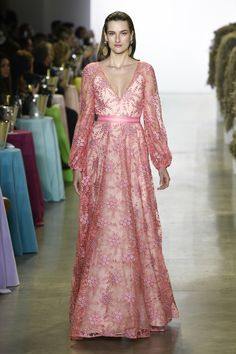 Badgley Mischka Spring 2019 Ready-to-Wear Collection - Vogue
