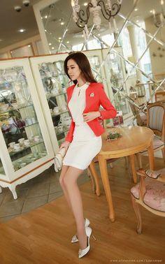 Read This Excellent Fashion Advice – Designer Fashion Tips Blackpink Fashion, Korea Fashion, Office Fashion, Business Fashion, Asian Fashion, Womens Fashion, Fashion Design, Dress Fashion, Asian Woman