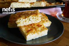 Μακαρονόπιτα Garlic Roasted Potatoes, Iftar, Greek Recipes, Apple Pie, Cornbread, Cooking Recipes, Breakfast, Ethnic Recipes, Desserts