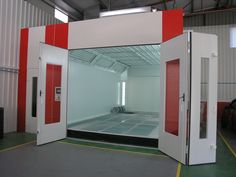 Cabina de pintura modelo luxus con rampa neumatica Spray booth luxus model with neumatic ramp Cabine de peinture modèle luxus avec rampe pneumatique