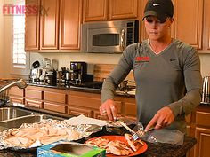 Competition Prep Nutrition with 3 time Figure Olympia gold medalist, Nicole Wilkins.  Bulk Cooking, Carb Cycling & More