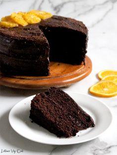 Vegan Chocolate Orange Cake Recipe with Decadent Frosting Eggless Recipes, Vegan Dessert Recipes, Delicious Desserts, Cake Recipes, Dairy Free Chocolate, Vegan Chocolate, Chocolate Recipes, Chocolate Cakes, Decadent Chocolate