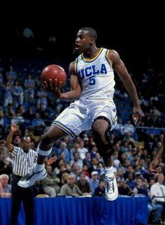 Baron Davis 1997 Basketball Jones, I Love Basketball, Basketball Legends, College Basketball, Nba Players, Basketball Players, Baron Davis, Nba Europe, College Hoops