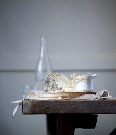 beautiful: wood, light, glass, food, texture