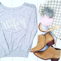 Y'all we're finally feeling cooler temperatures and that means is finally time for our Wifey long sleeve off the shoulder tee. 🤗 . . . #LeBoutiqueShop #picoftheday #wiw #love #ootd #lifestyleblogger #fashionblogger #moda #instastyle #shopping #wiwt #instafashion #fashion #photooftheday #aboutalook #fashionblogger #sharegoodness #blessed #preppy #musthave #outfitofthedayideas #whatiwore #texas #photography #lookbook #lifestyle #thehappynow #inspiring #estilo #wifey | SnapWidget