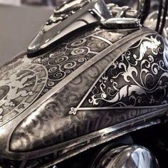 "Harley-Davidson ""Big Twin"" gas tanks | Silver leaf & airbrush"