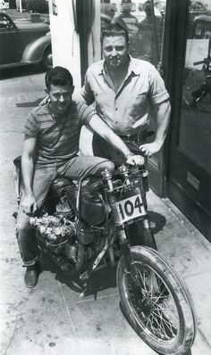 max bubeck hr indian chout motorcycle. Love this photo!  More here:  selvedgeyard.com