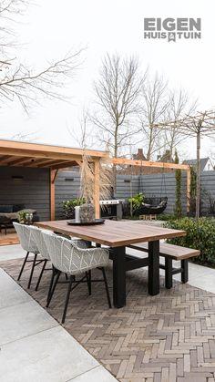 Outdoor Rooms, Outdoor Gardens, Outdoor Living, Outdoor Decor, Front Yard Garden Design, Patio Design, Garden Deco, Exterior Makeover, Outside Living