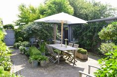Installing a shade in your garden can give many benefits, like shelter from the hot sun.