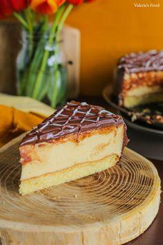 Romanian Desserts, Romanian Food, Sweet Desserts, Easy Desserts, Cake Recipes, Dessert Recipes, Good Food, Yummy Food, Something Sweet