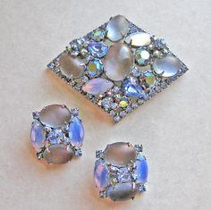 Kramer Set Brooch Earrings Blue Opalescent AB Rhinestones Vintage