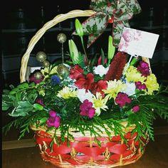Floral xmas Basket