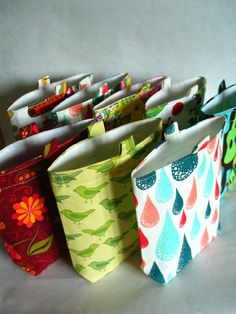 Items similar to Reusable Sandwich and Snack Bag Set of Customized, One in Each Size, You Choose Your Set on Etsy Sewing Crafts, Sewing Projects, Craft Projects, Diy Crafts, Reusable Sandwich Bags, Reusable Bags, Snack Bags, Craft Tutorials, Etsy Seller