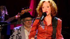 "2012 OFFICIAL Americana Awards - Bonnie Raitt with John Hiatt ""Thing Cal..."