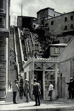 Ascensor Cordillera 1911 Plan Incliné, Old Pictures, Times Square, Street View, Black And White, Travel, Amor, Beautiful Places, Mountain Range