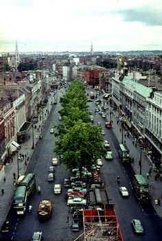 """At the center of Dublin, O'Connell Bridge stood across the River Liffey. The bridge will take you to O'Connell Street which is decorated with statues of political leaders such as Daniel O'Connell and Charles Parnell, as well as stainless steel needle as high as 400 feet, known as """"The Spike."""""""