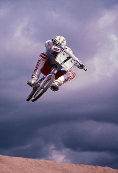 RL Osborn BMXA Cover 1985