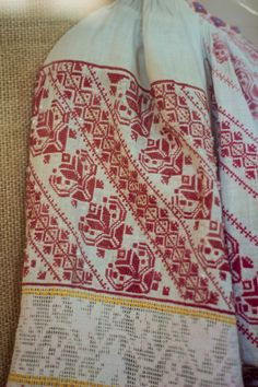 Folk Embroidery, Bridal Dresses, Diy And Crafts, Cross Stitch, Reusable Tote Bags, Calculator, Costumes, Popular, Sewing