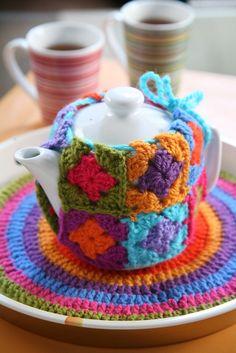 https://flic.kr/p/ahGKKu | set de te | diseño y realizacion Mariana guerra para la revista DecoHogar Crochet Ed.Evia,Fotos :Luciano Becchia