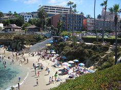 Must See —la jolla beach 11 Absolutely Amazing Places To Visit In San Diego San Diego Vacation, San Diego Travel, San Diego Beach, La Jolla Beach, La Jolla Cove, Places In Usa, Mission Beach, Pacific Beach, Pacific Coast