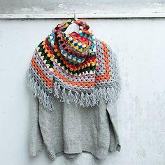 diEnes / tutti colori - crochet granny shawl with fringes, handmade winter accessory