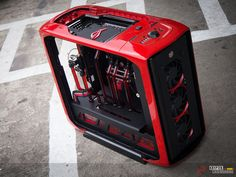 Project ROUGE | techPowerUp Case Modding Gallery