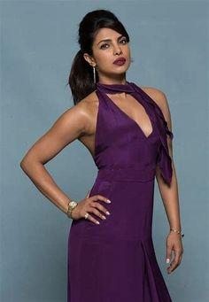 Priyanka Chopra Super Sexy Baywatch 2017 Promoshoot (Part Beautiful Bollywood Actress, Beautiful Indian Actress, Baywatch Priyanka, Celebrity Pictures, Celebrity Style, Bikini Galleries, Priyanka Chopra Hot, Desi Girl Image, Bollywood Masala