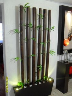 jardinera bambu tratado, con 2 lamparas led graduables