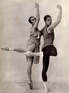 Tamara Karsavina & Serge Lifar with The Ballet Russe Paris Opera Ballet, City Ballet, Dance Images, Dance Pictures, Harlem Renaissance, Ballet Photography, Vintage Photography, History Of Dance, Vintage Ballet