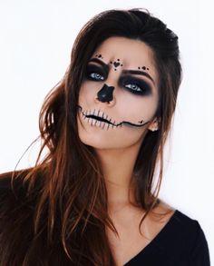 Dead Makeup, Scary Makeup, Cute Halloween Makeup, Halloween Make Up, Halloween Meninas, Mermaid Costume Makeup, Half Face Makeup, Rave Makeup, Sugar Skull Makeup